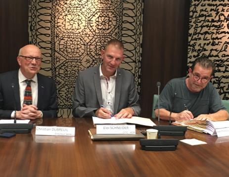 Christian Dubreuil Directeur général (à gauche) Eloi Schneider CFTC (au centre) François Davignon CFDT (à droite)